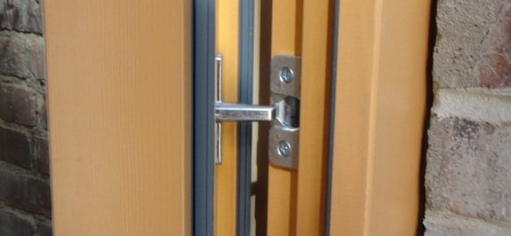 Locking point on side of Gaulhofer door