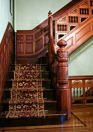 Harlem brownstone stairs on house tour